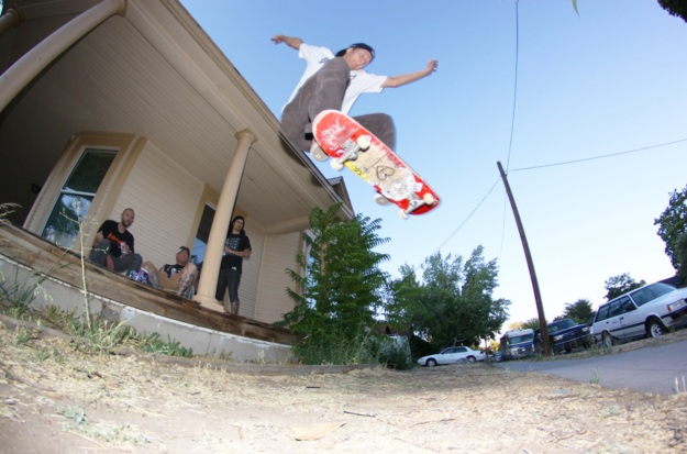 Ollie for the Sinclair Homies. Volland photo.